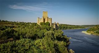 Castles: Secrets, Mysteries and Legends